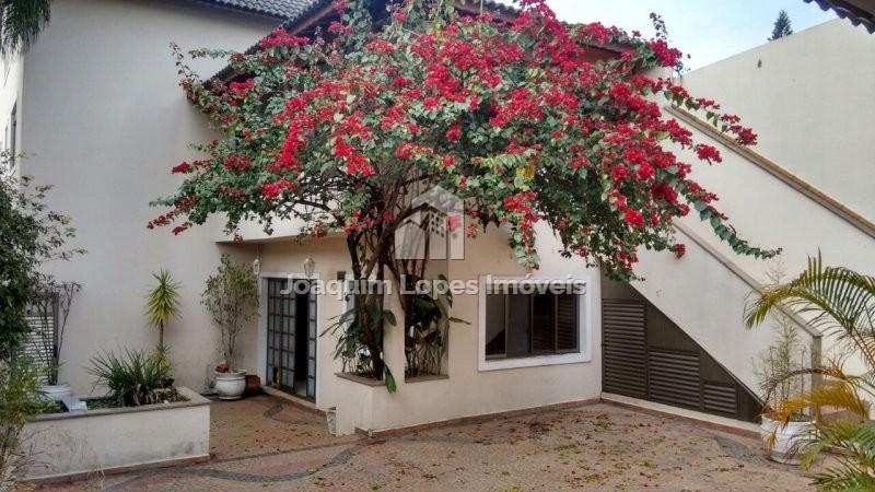 Sobrado à venda  no Jardim Santa Mena - Guarulhos, SP. Imóveis